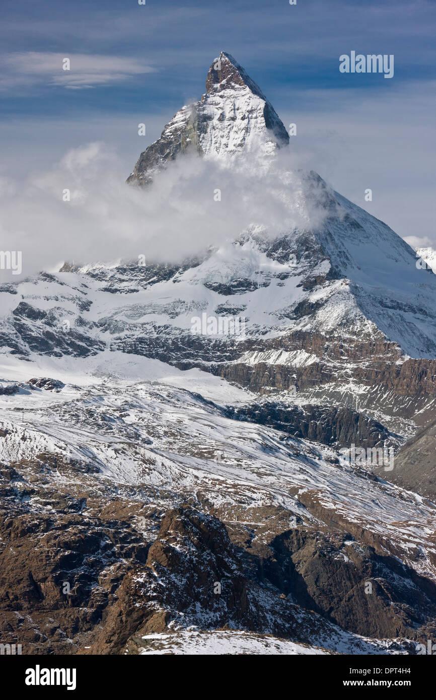 Ou le Mont Cervin Mont Cervin, Alpes, frontière de la Suisse et l'Italie, 4 478 mètres, 14 690 ft. À partir de la Banque D'Images