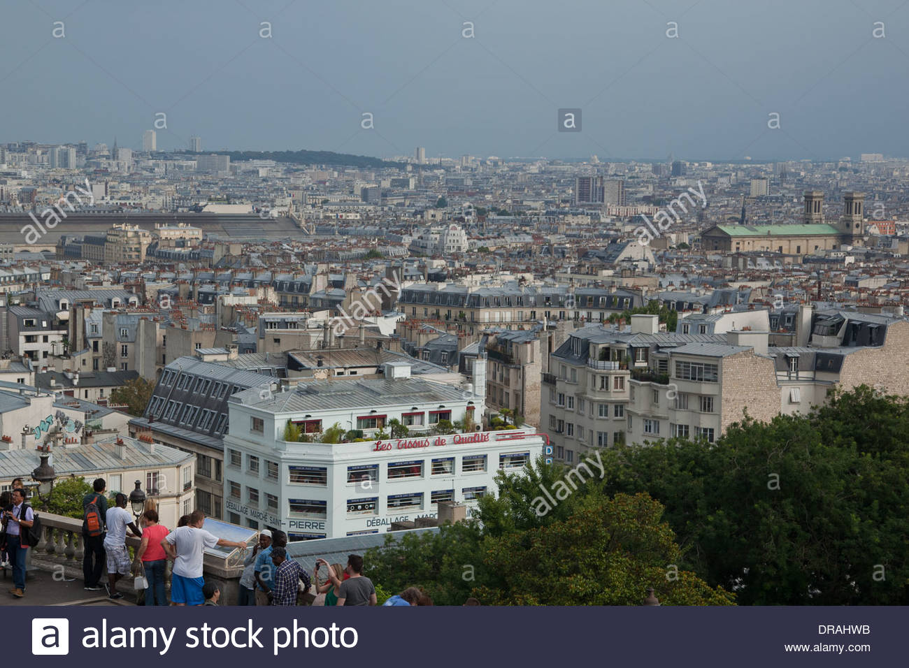 saint pierre market paris photos saint pierre market paris images alamy. Black Bedroom Furniture Sets. Home Design Ideas
