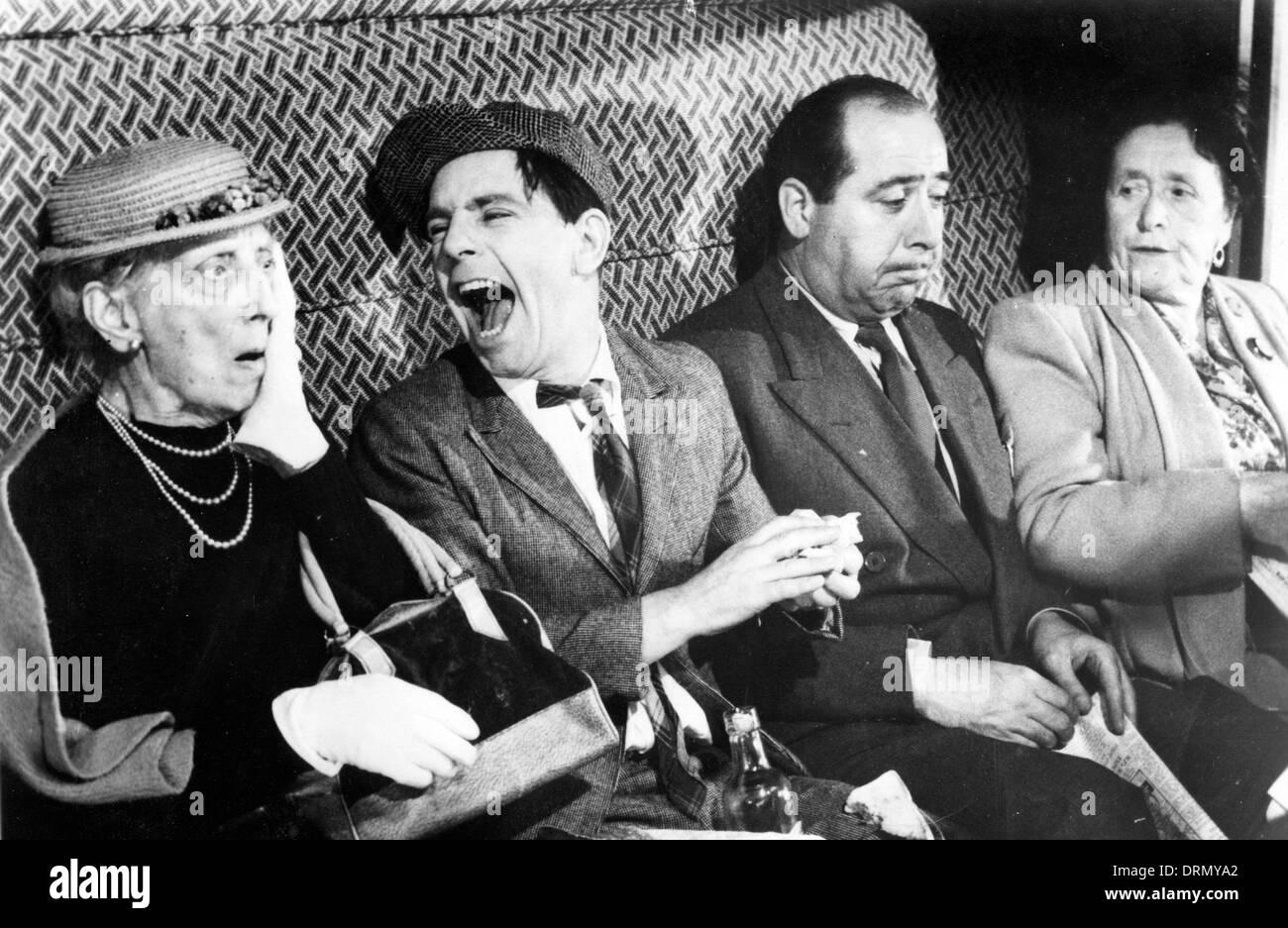 Un bon tour 1955 Deux villes film avec Norman sagesse à gauche Photo Stock