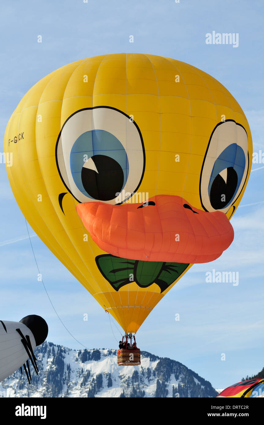 Chateau d oex Hot Air Balloon Festival, Suisse, Europe Banque D'Images