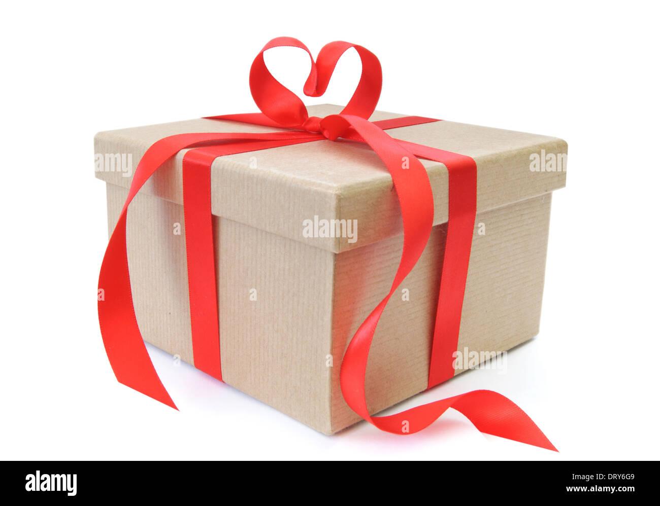 Boîte-cadeau avec noeud en forme de coeur Photo Stock