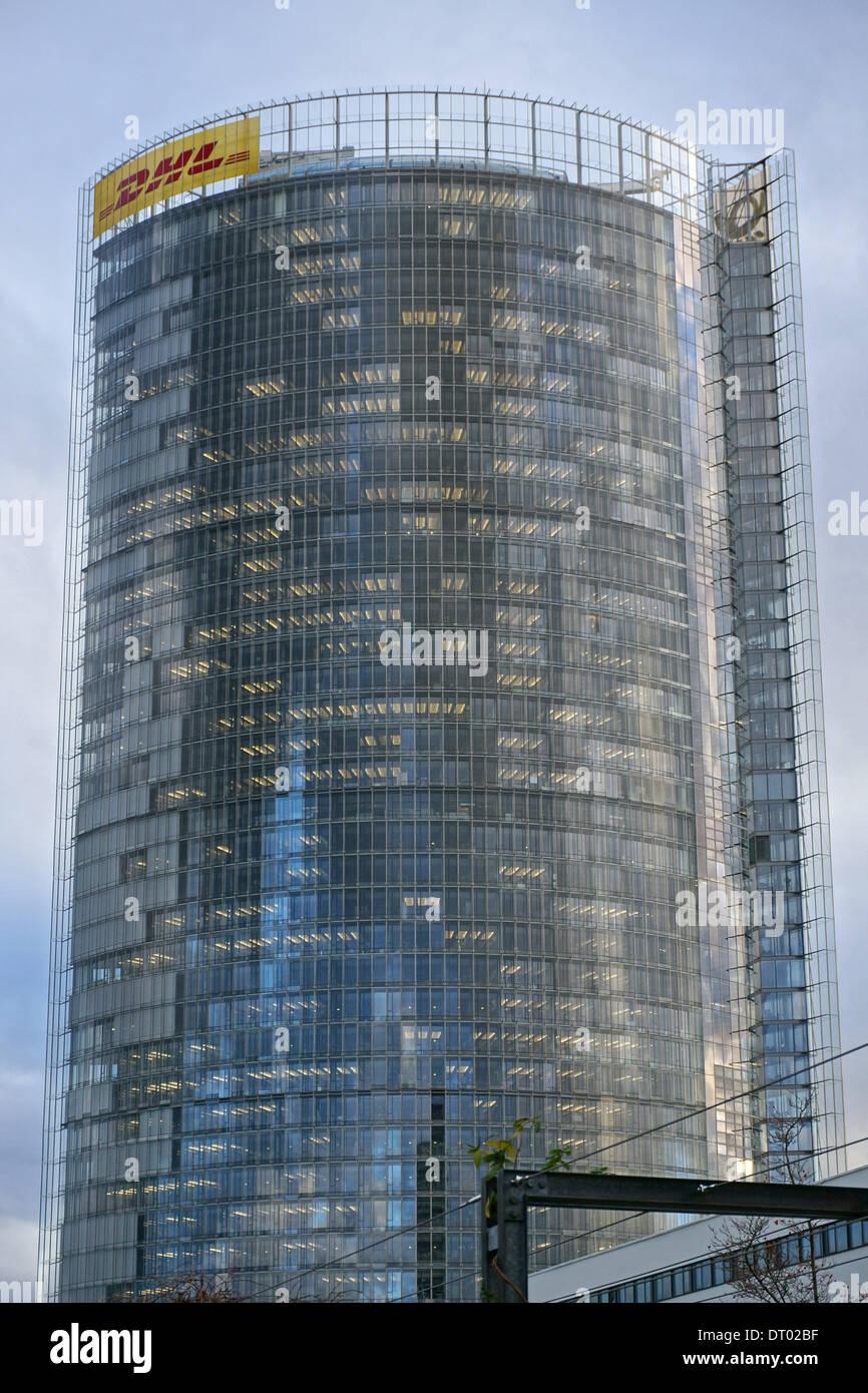 Allemagne: Deutsche Post DHL siège (Post Tower) à Bonn Banque D'Images