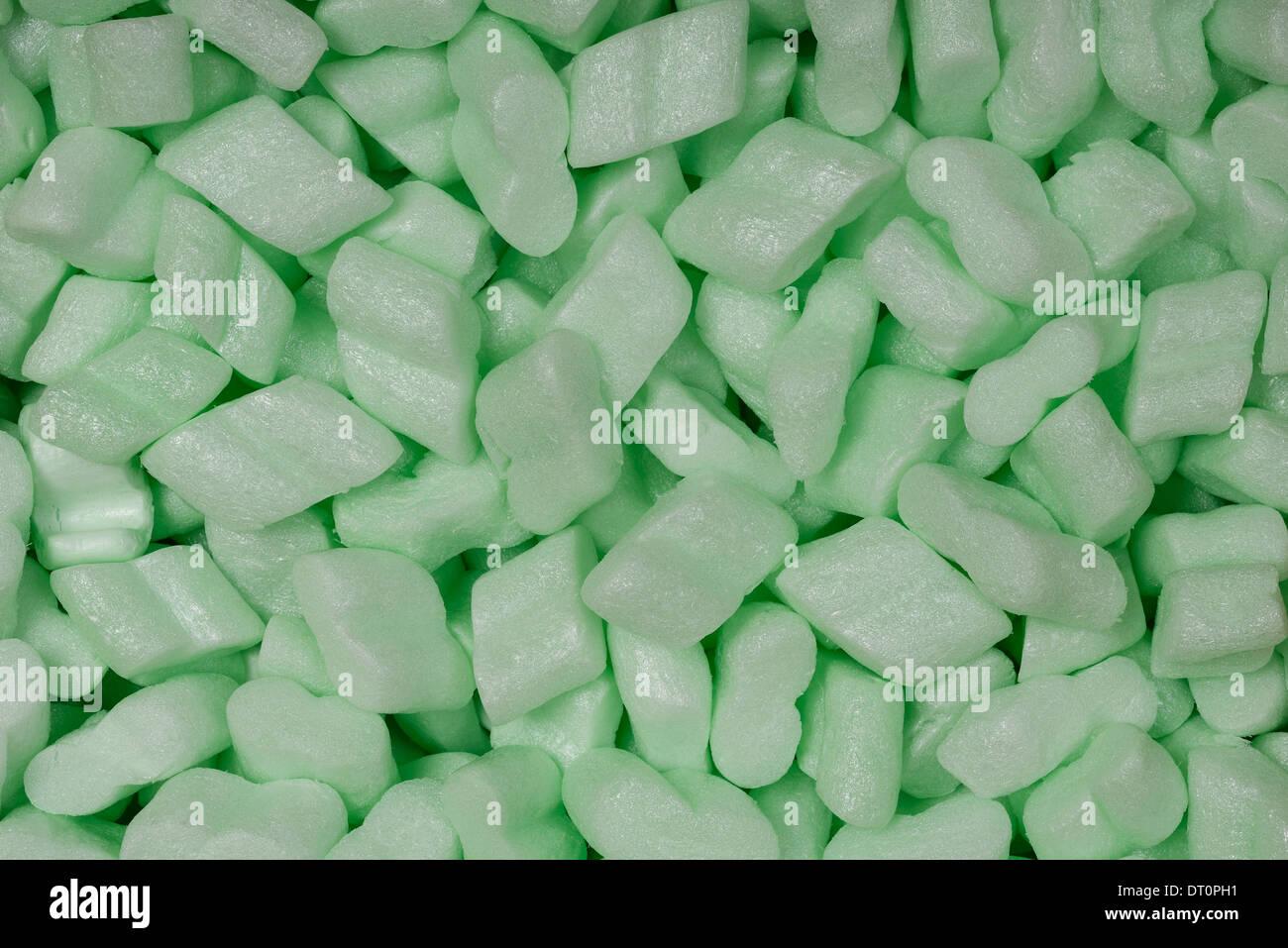 L'amidon de maïs vert matériel emballage arachides Photo Stock