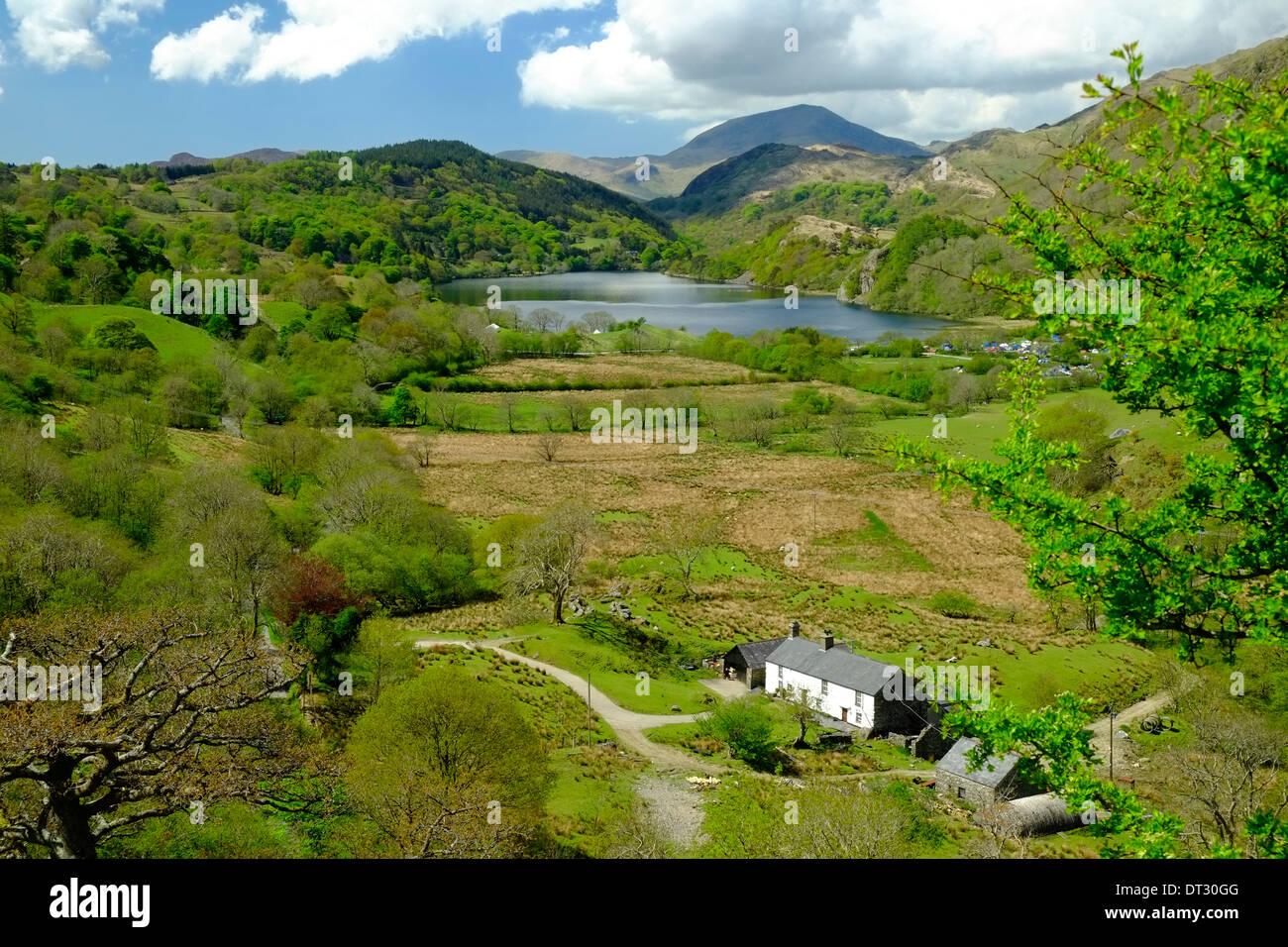 Vue sur nant Gwynant, Parc National de Snowdonia, le Nord du Pays de Galles Photo Stock