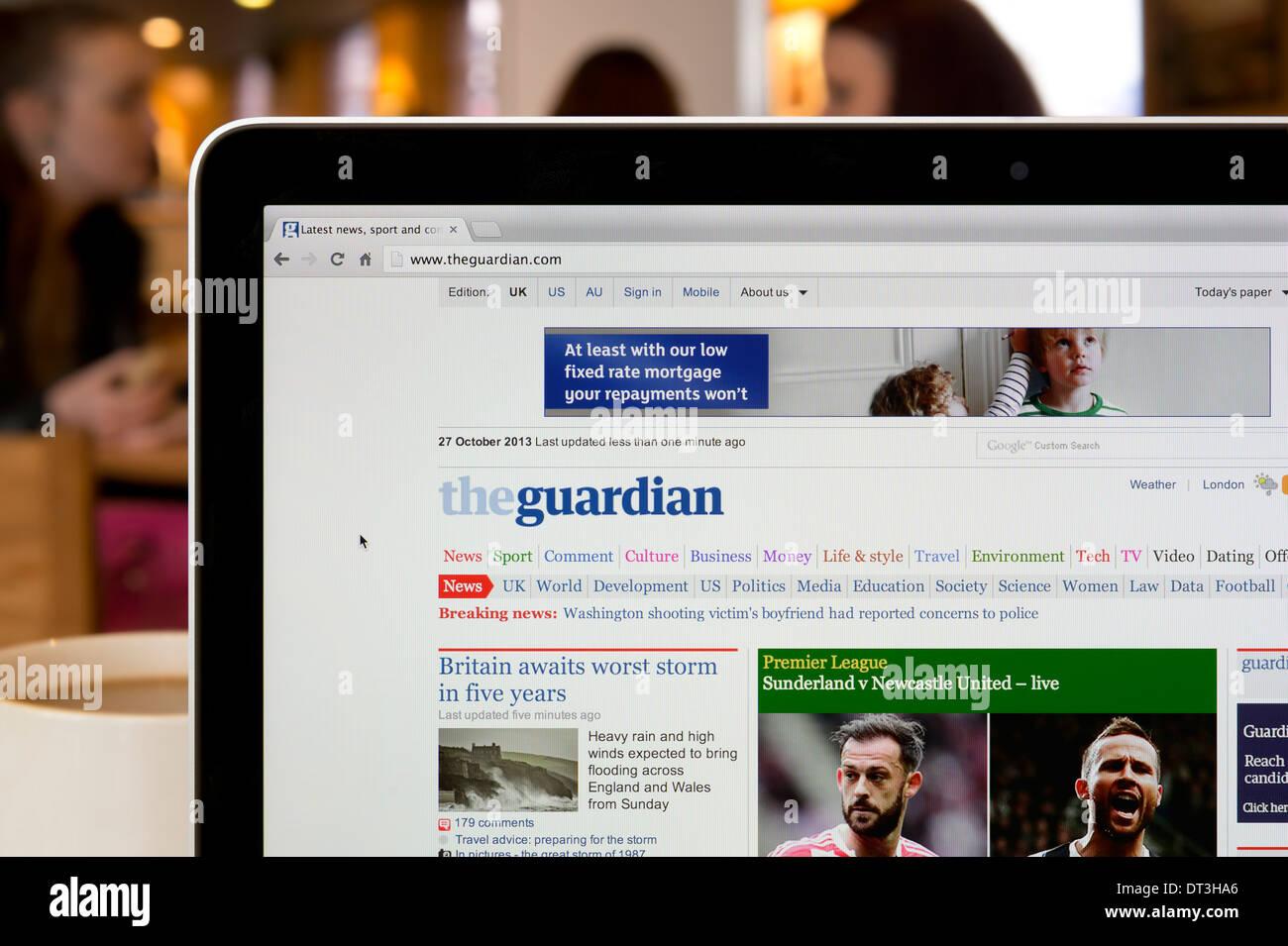 Le site web du tuteur tourné dans un environnement (usage éditorial uniquement: -Print, télévision, e-book et le comité éditorial du site). Photo Stock
