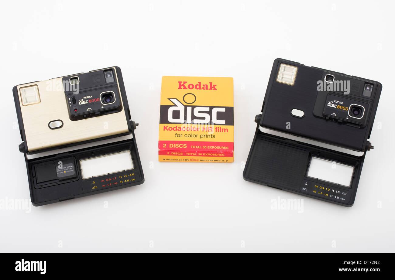 Disque disque Kodak 8000 et 6000 avec des caméras film Kodak disc Banque D'Images
