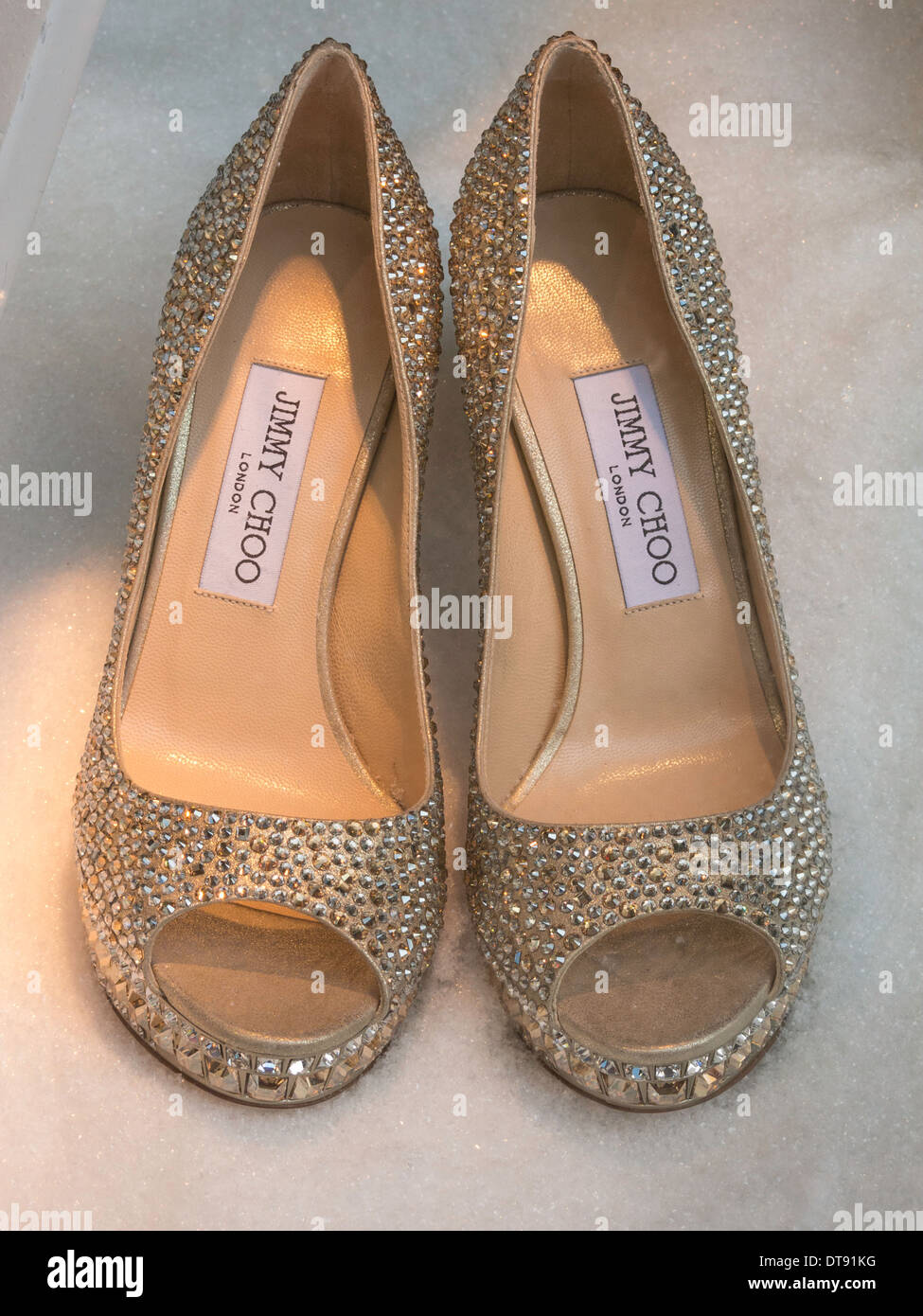Paire de Jimmy Choo Chaussures, Saks, NYC, USA Photo Stock