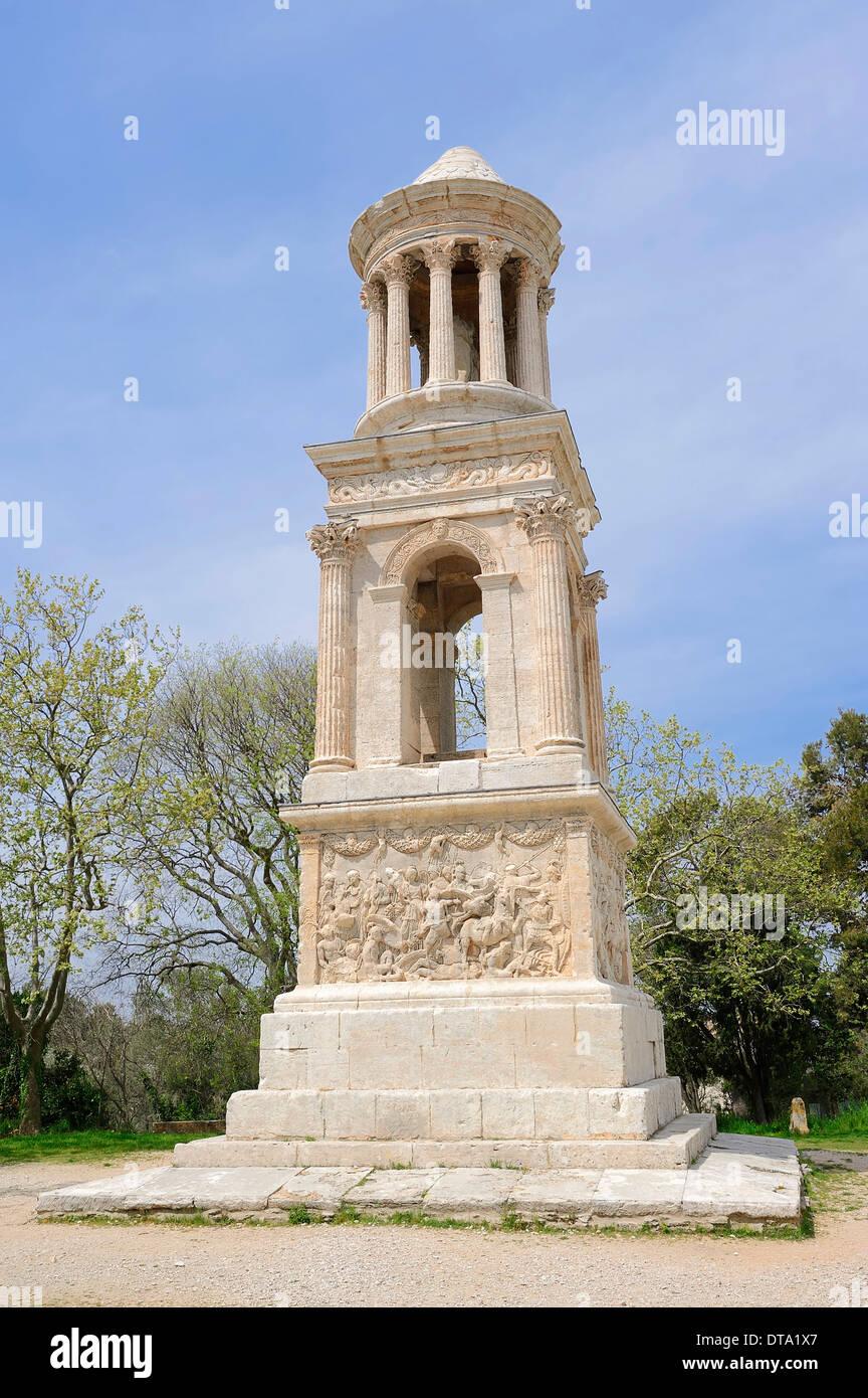 Le Mausolée romain de Julii, Saint Remy-de-Provence, Bouches-du-Rhône, Provence-Alpes-Côte d&#39;Azur, dans le sud de la France, de Glanum Photo Stock