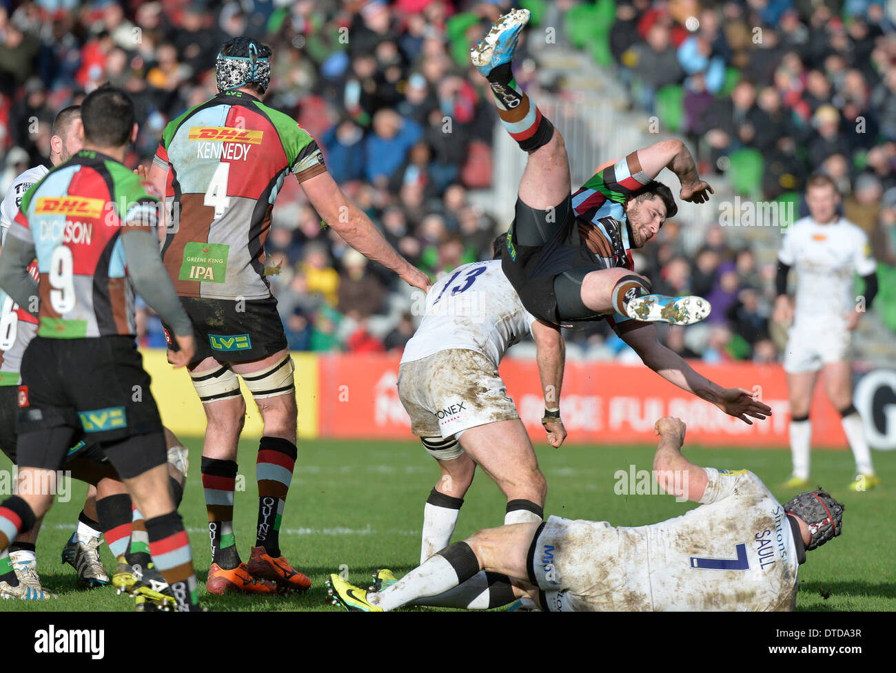 London, UK . Feb 15, 2014. AVIVA Premier League Rugby Harlequins v Newcastle Falcons au Twickenham Stoop Action du match Harlequins a gagné18-14 : Leo Crédit photos sports Mason/Alamy Live News Photo Stock
