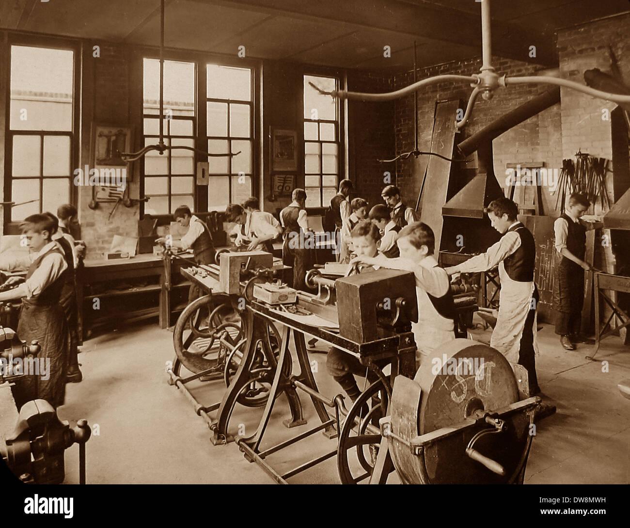 1920/30s School metal working class Photo Stock