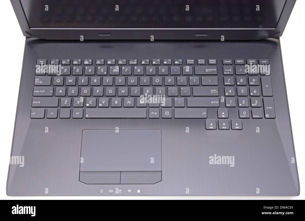 Près de l'image d'un ordinateur portable: clavier et pavé tactile Photo Stock
