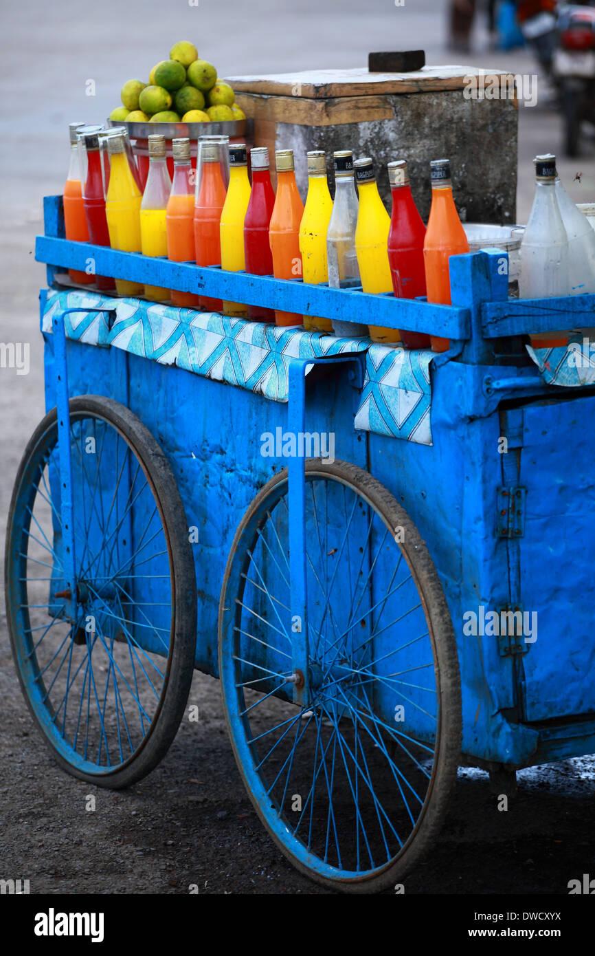 L'Inde traditionnelle de nourriture sur la rue. Photo Stock
