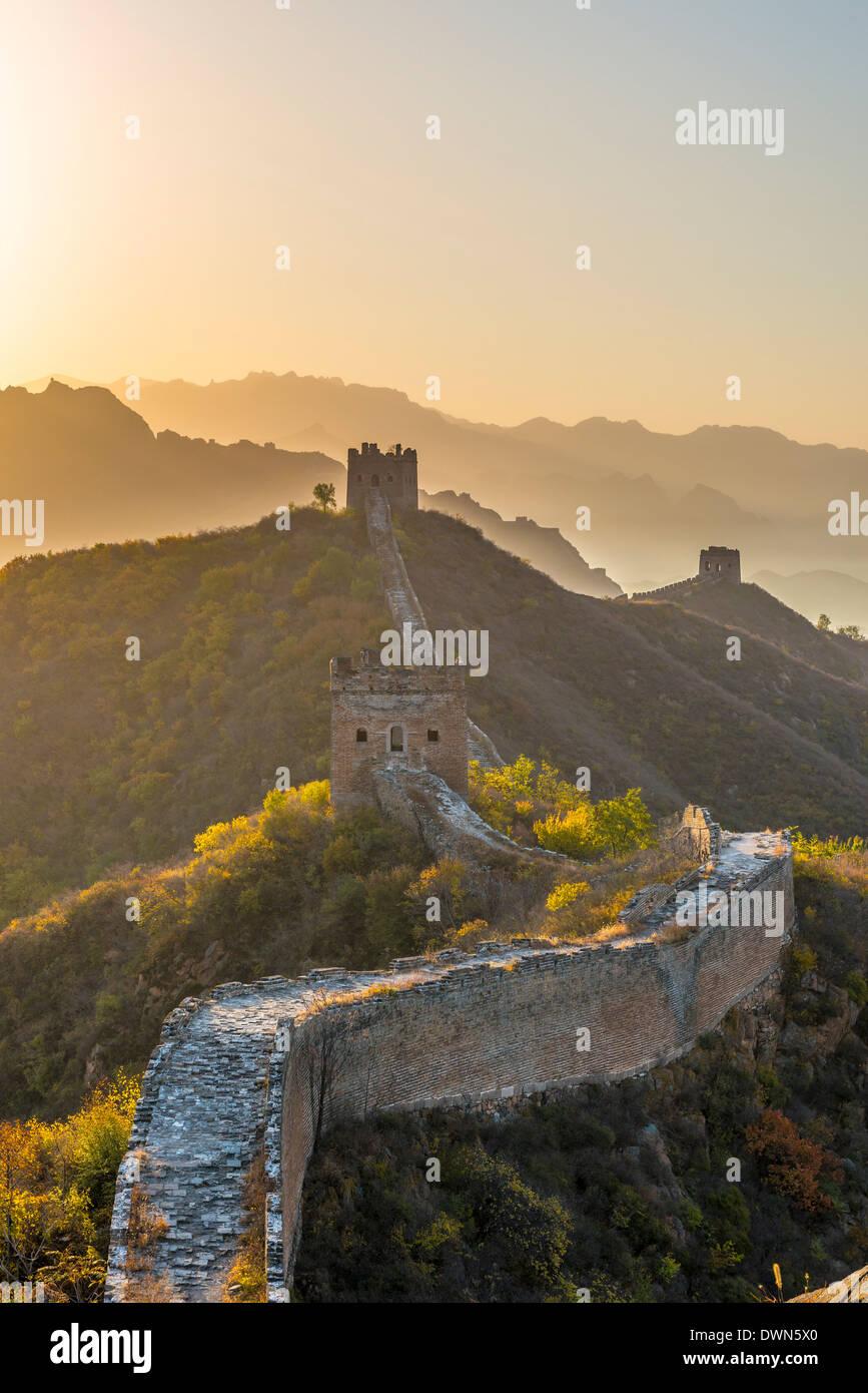 Grande Muraille de Chine, Site de l'UNESCO, à vers Simatai, Jinshanling, Luanping County, Province de Hebei, Chine Photo Stock