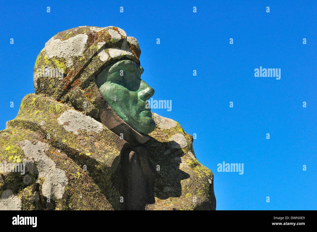 Monument à l'aviation Eugène Renaux sur le sommet du Puy de Dôme, Puy-de-Dôme, France Photo Stock