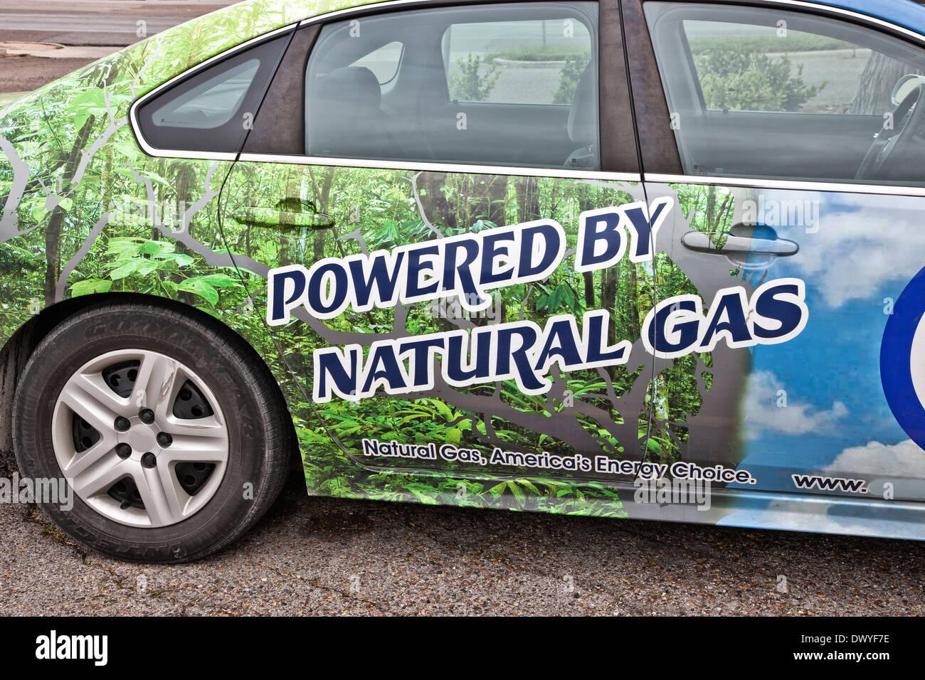 Automobile fonctionnant au gaz naturel comprimé. Photo Stock