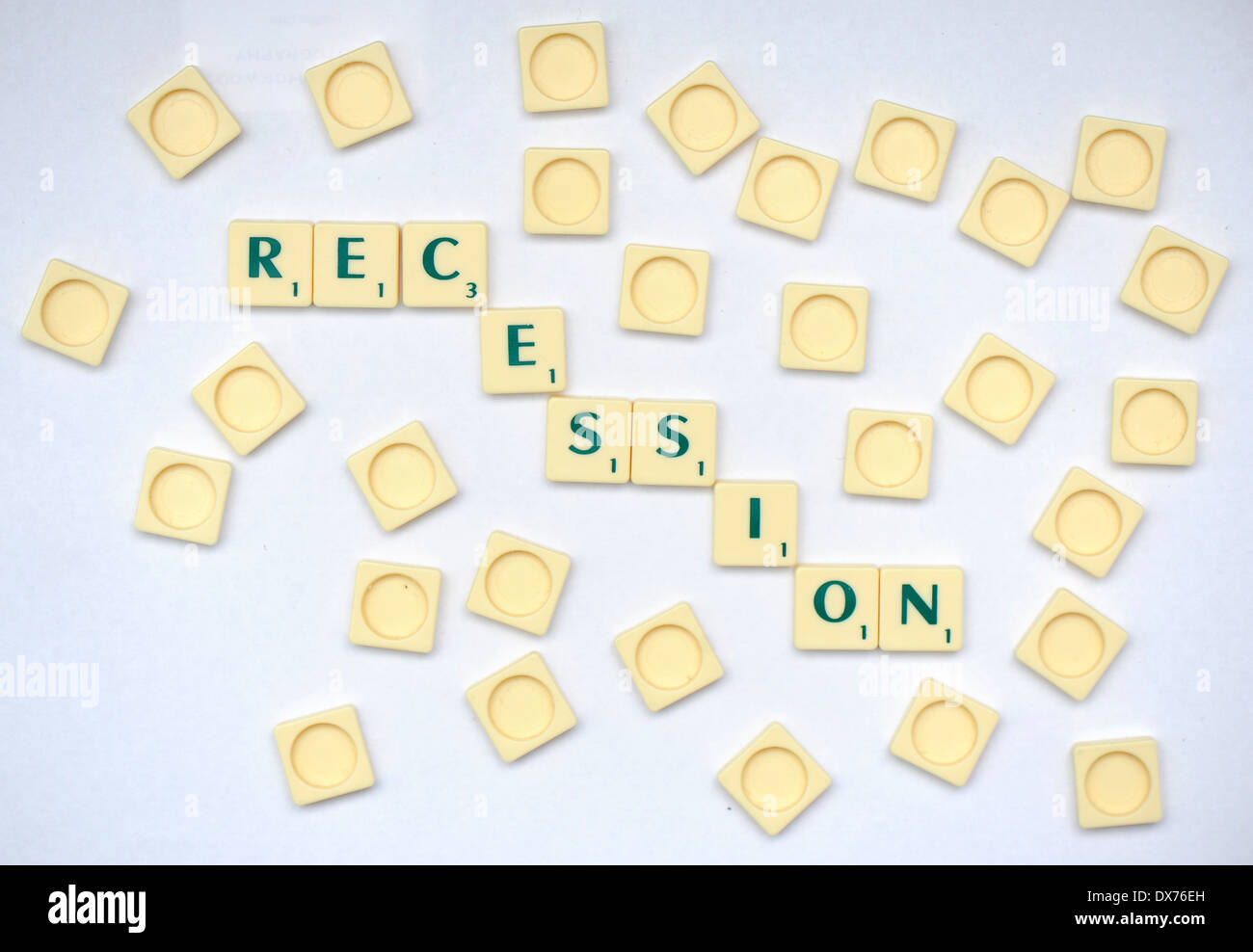 Scrabble carreaux que lire récession Photo Stock