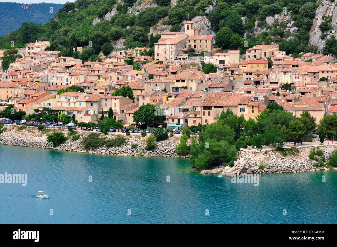 Le village de Bauduen au Lac de Sainte-Croix, Gorges du Verdon, Gorges du Verdon, Var, Provence-Alpes-Côte d'Azur, Banque D'Images