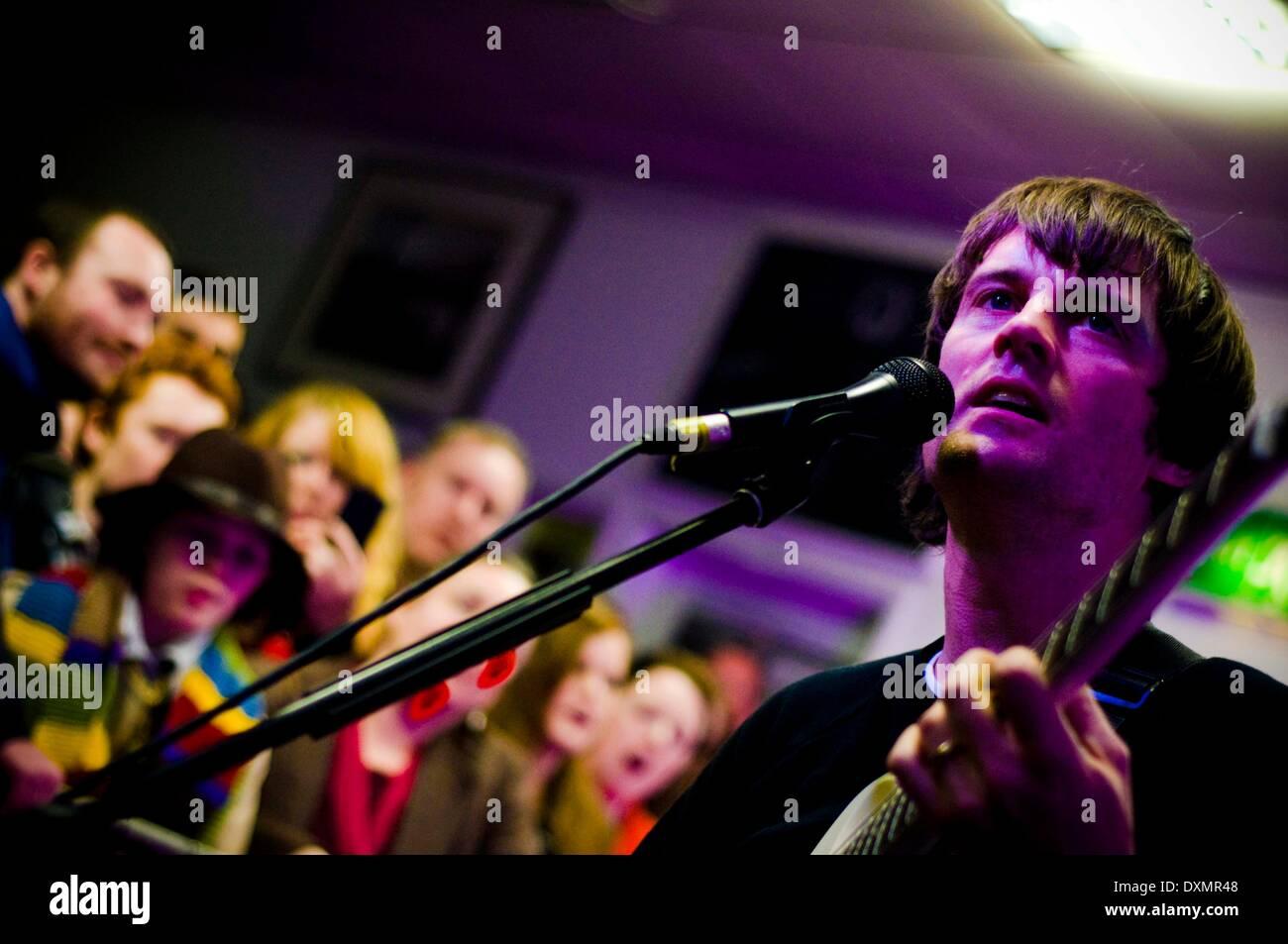 Sunderland, Royaume-Uni. Mar 27, 2014. Franz Ferdinand jouer un concert intime à Sunderland. Le groupe a joué dans Banque D'Images