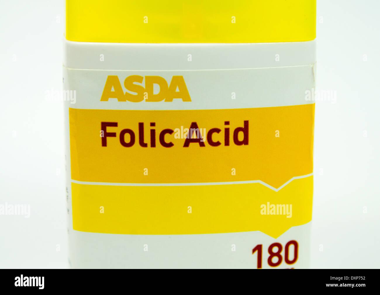 Bouteille de comprimés d'acide folique. Photo Stock