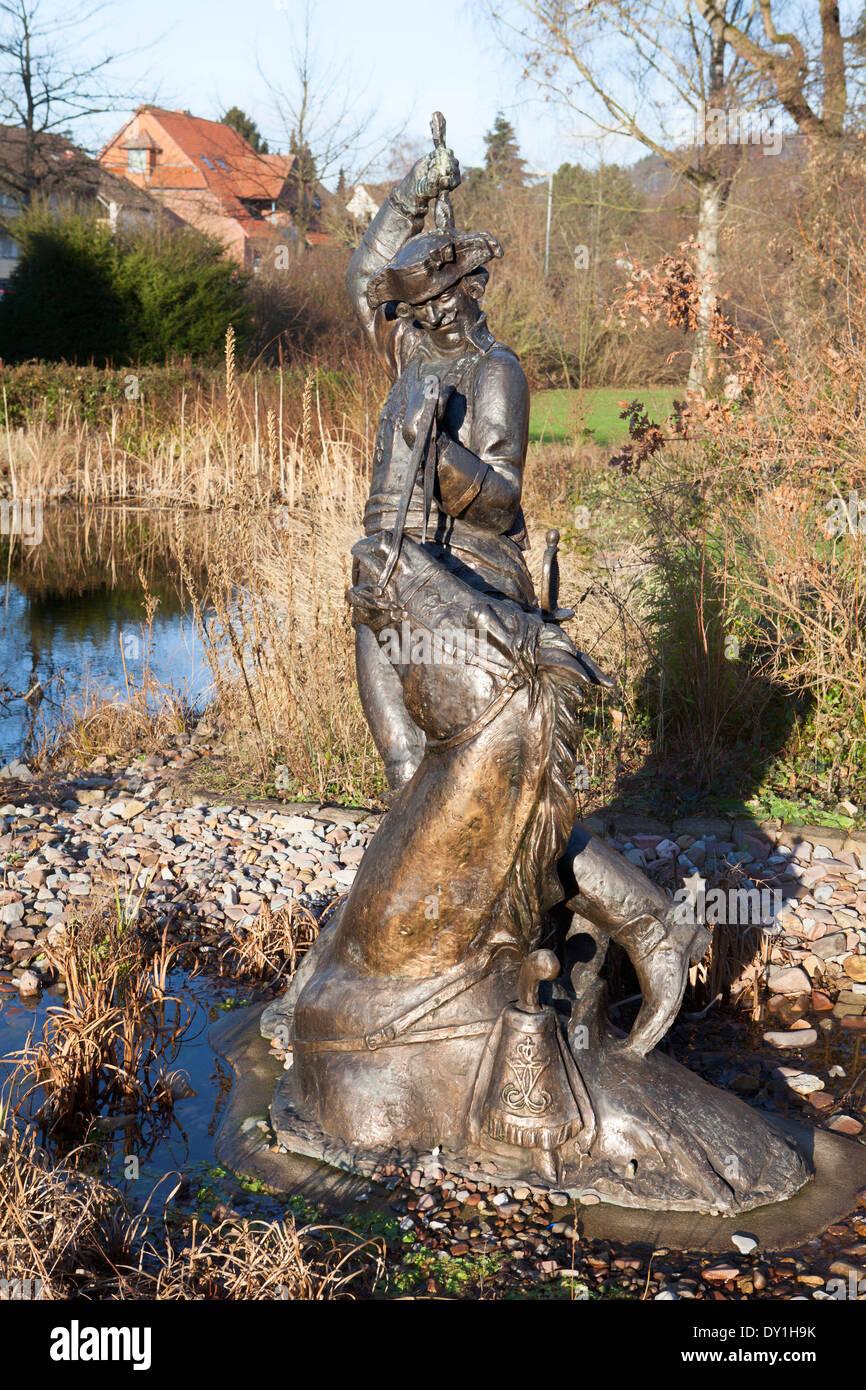 Baron Muenchhausen sculpture, Bodenwerder, Weserbergland, Basse-Saxe, Allemagne Banque D'Images
