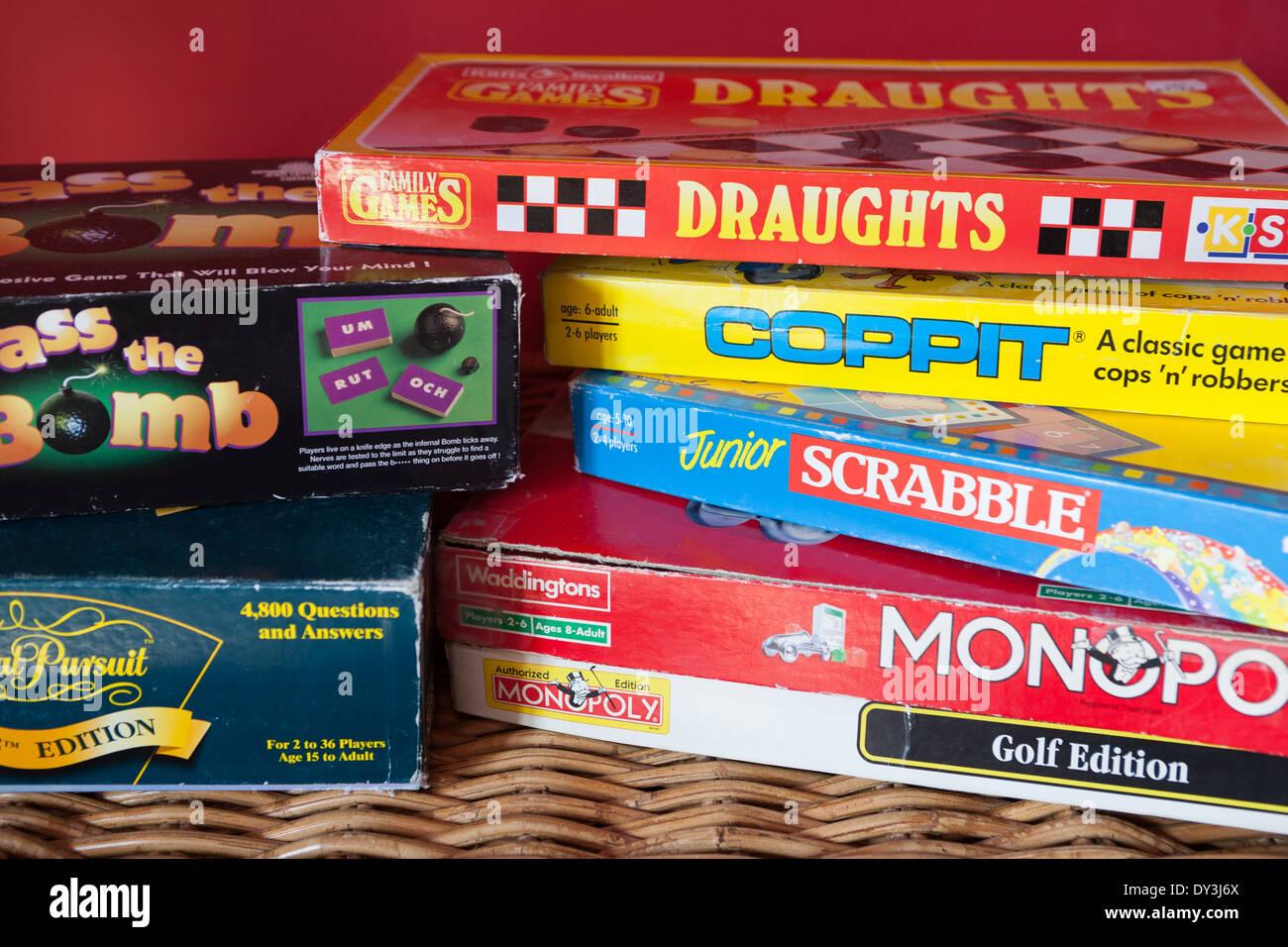 Jeux de société pour s'amuser en famille Banque D'Images