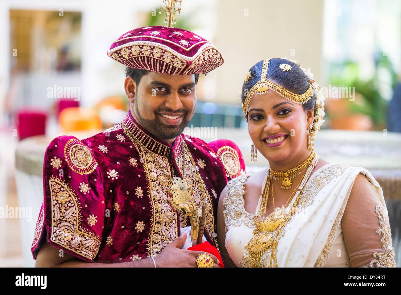 Couple de mariés à Colombo, Sri Lanka Photo Stock