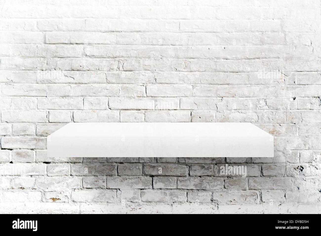 Etagere Sur Mur En Brique mur de briques blanches et étagère comme arrière-plan pour