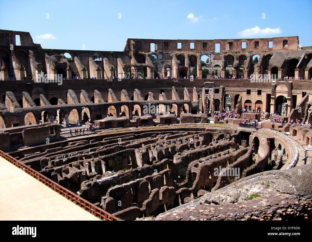 Le Colisée romain à Rome, Italie. Photo Stock
