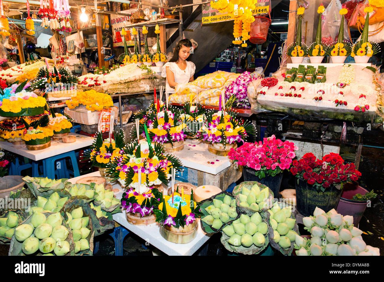 Store avec des lanternes pour le Loy Krathong Festival des lumières, Chiang Mai, Thaïlande du Nord, Thaïlande Photo Stock
