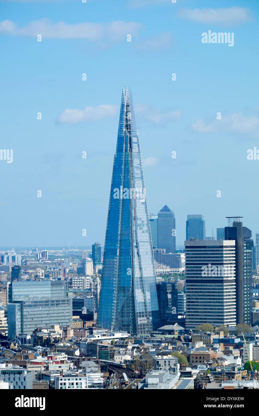 Vue sur le Shard Nouveau gratte-ciel et les toits de Londres, Royaume-Uni Photo Stock