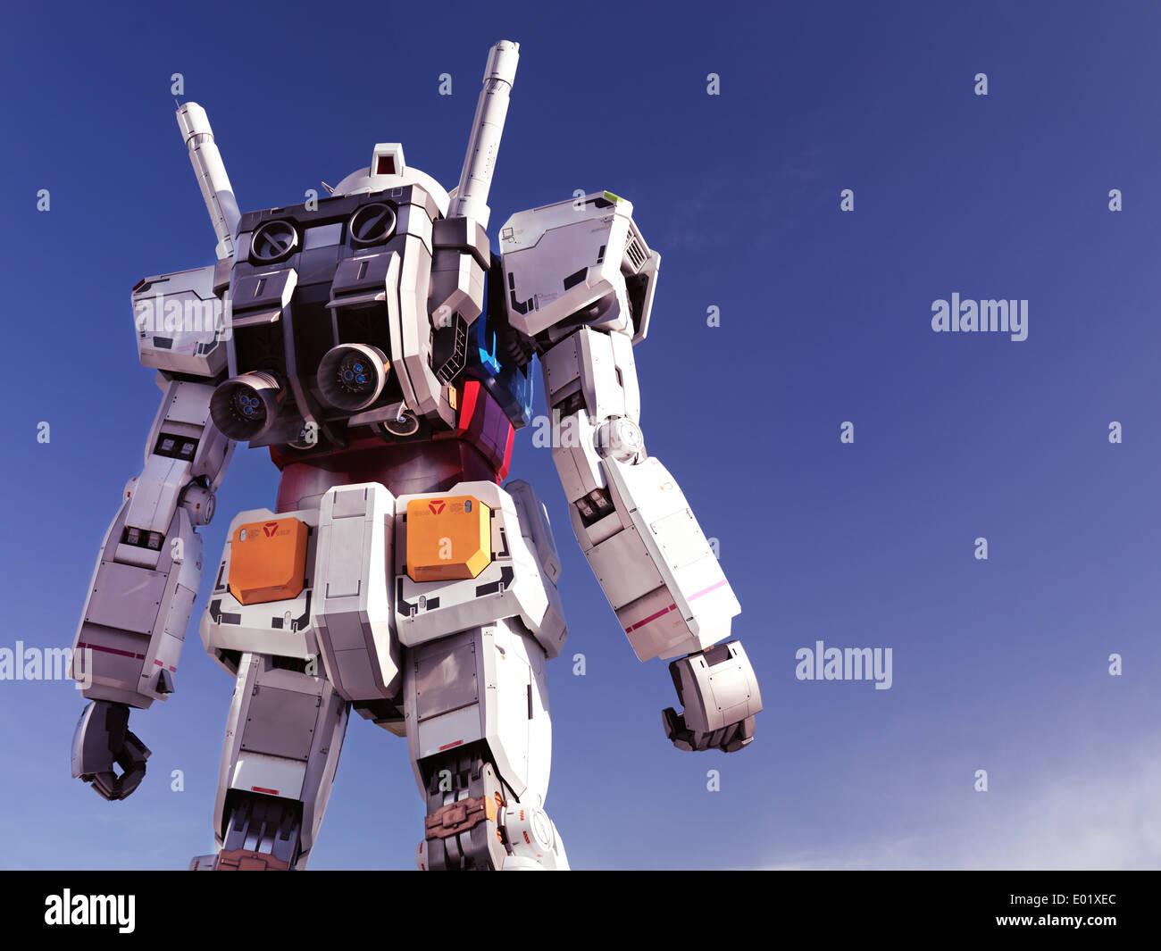 Gundam Statue vue arrière à Diver City, Odaiba, Tokyo, Japon Photo Stock
