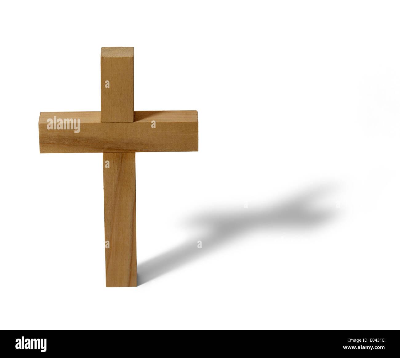 Croix de bois font voir isolé sur fond blanc. Photo Stock