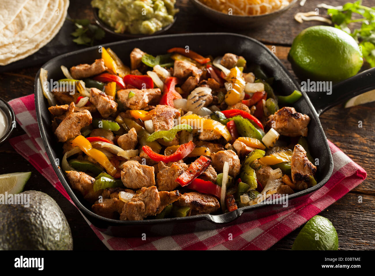 Homemade Chicken Fajitas Banque D Image Et Photos Alamy