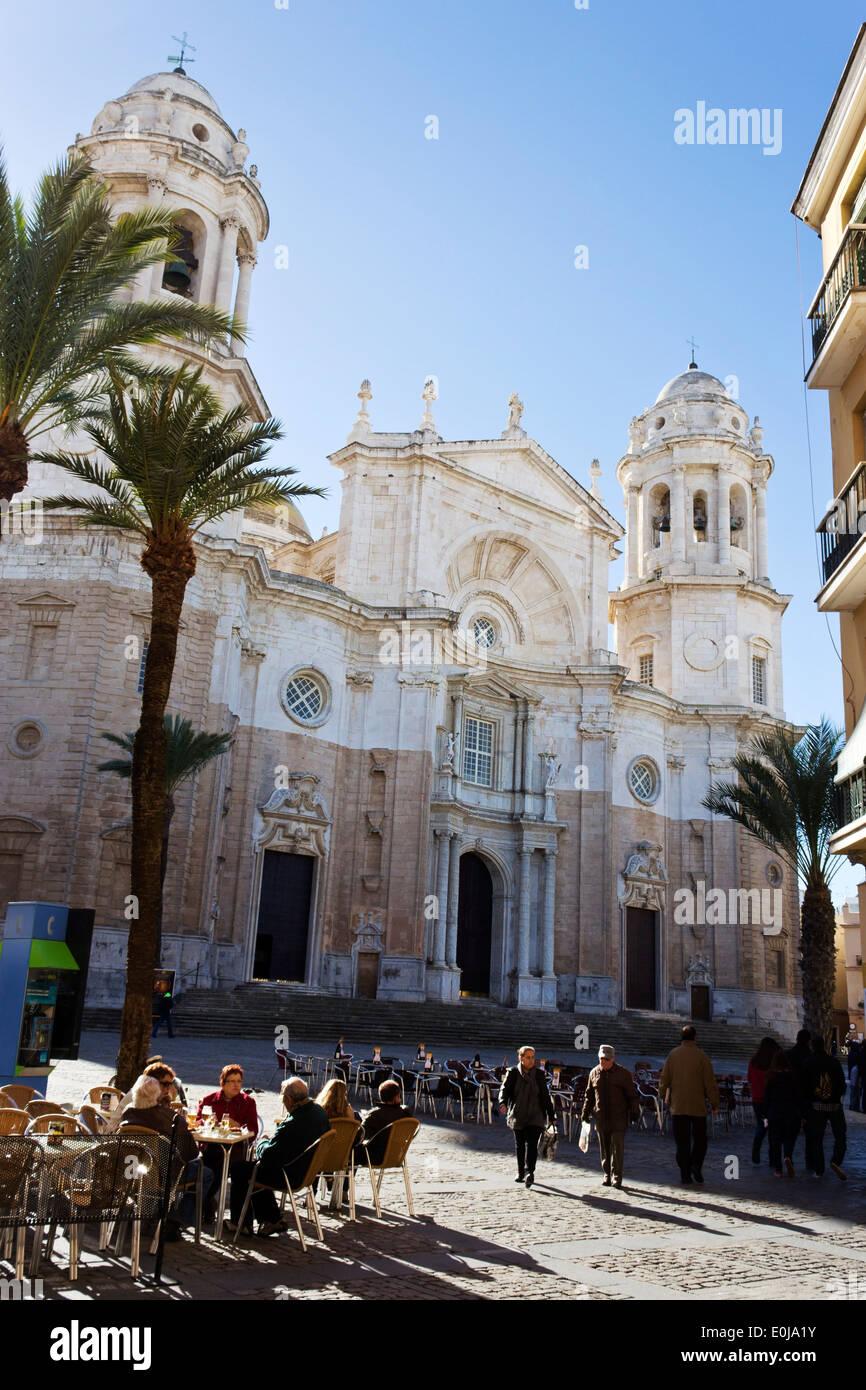 Cadix, Costa de la Luz, Andalousie, espagne. La Cathédrale. Catedral de Santa Cruz de Cadix. Banque D'Images