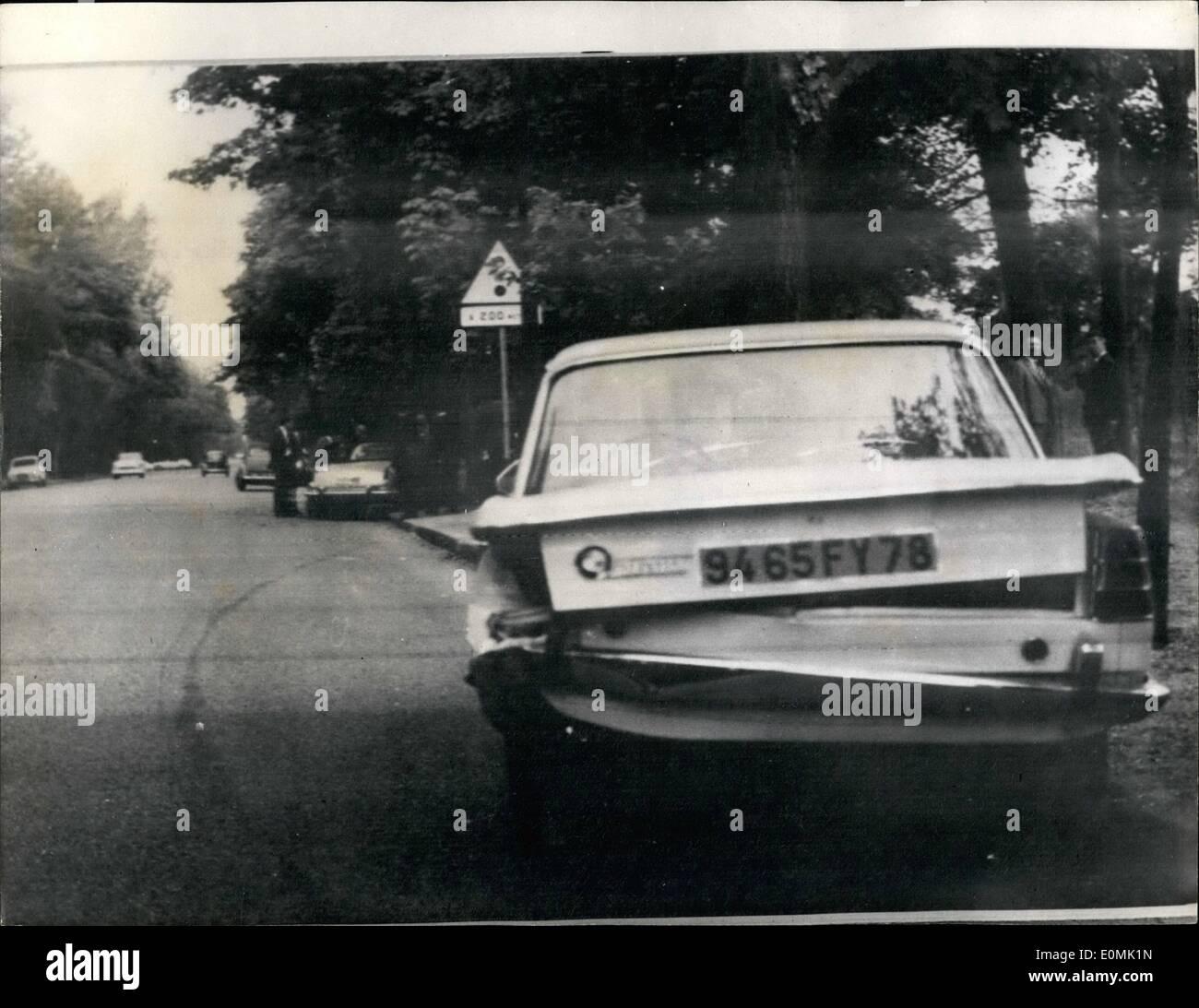 juillet 07 1955 playboy millionnaire porfirio rubirosa tu dans un accident de voiture le. Black Bedroom Furniture Sets. Home Design Ideas
