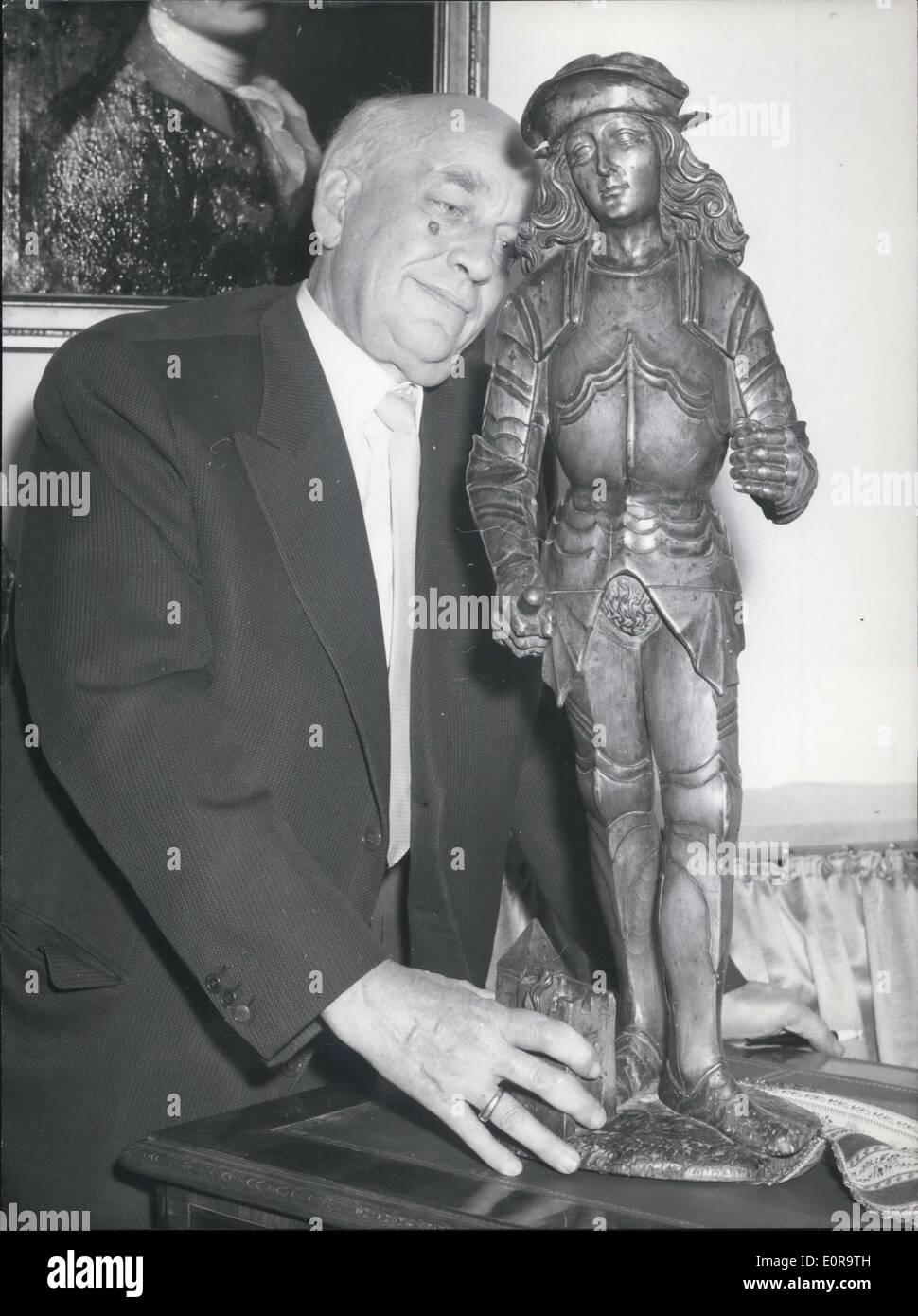 25 octobre 1958 - 3ème art allemand et l'antiquité ouvert masse: Sur 24 le 3ème art et de l'allemand l'antiquité a été ouverte dans la masse Photo Stock
