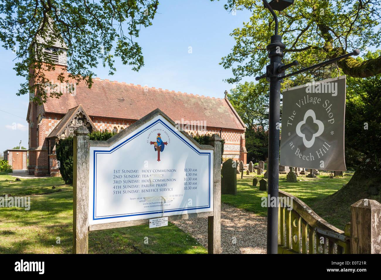 Communauté village shop dans l'église paroissiale, Beech Hill, Reading, Berkshire, England, GB, au Royaume-Uni. Photo Stock