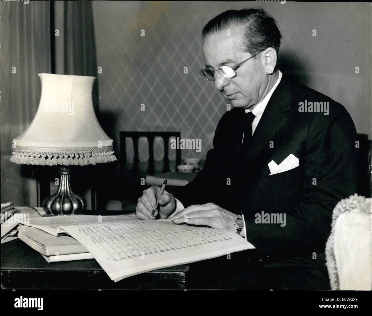 Le 12 décembre 1962 - célèbre chef américain à Londres Concert au Royal Festival Hall. M. Franz Waxman le chef américain, Banque D'Images