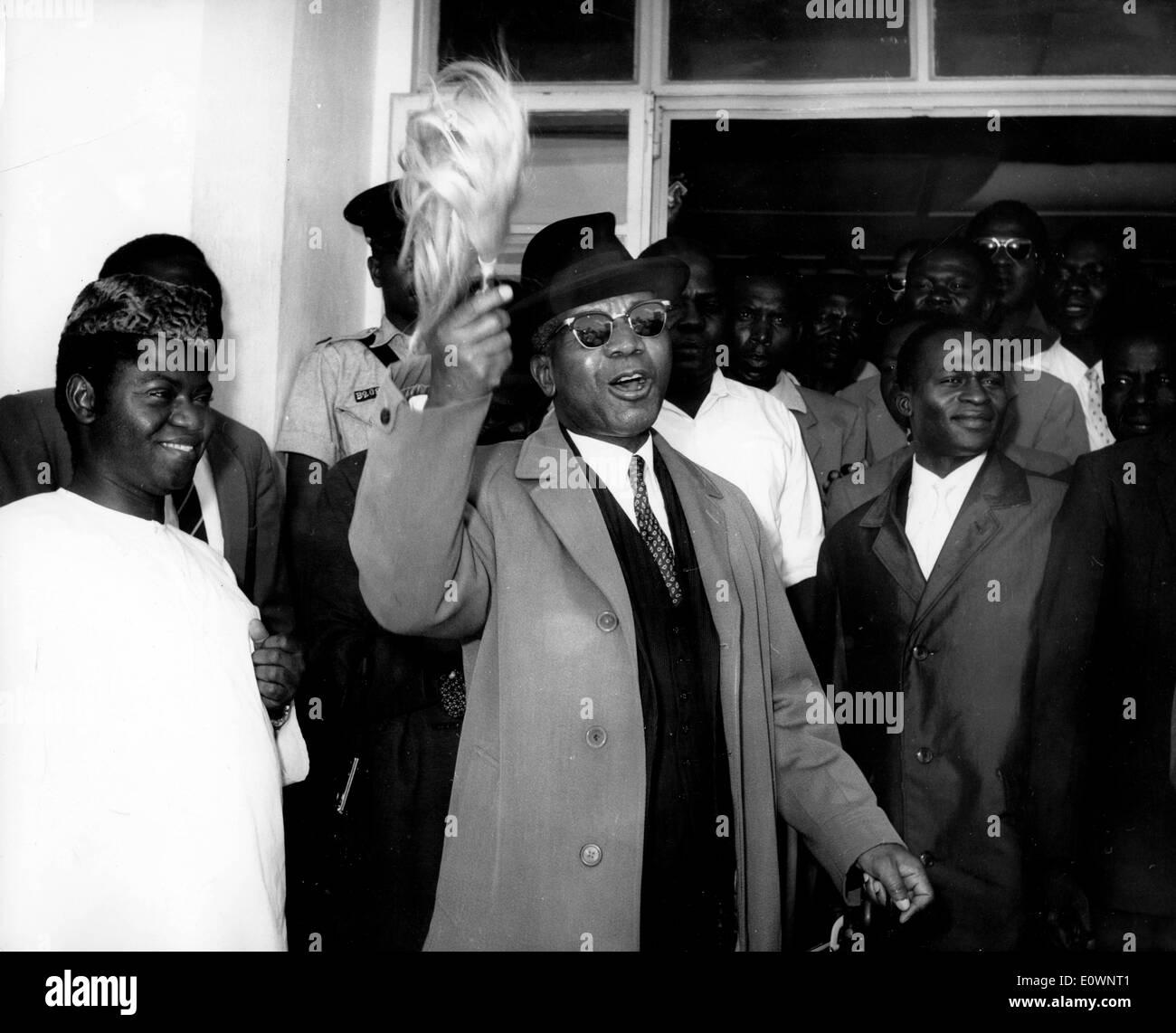 Le Dr Hastings Banda accueillis à l'aéroport de Dar Es Saalam Photo Stock