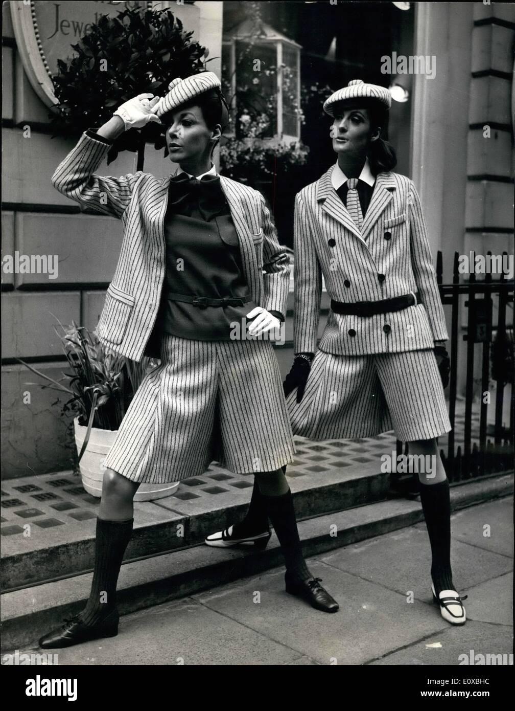 03, 1966 - Christian Dior-London Spring Collection   La Collection Printemps f4ab2a8cc7b