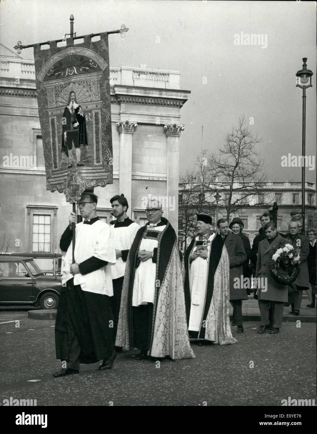 01 janvier 1970 - Il y avait un service à St. Martin-dans-le-domaine aujourd'hui, suivie par une procession à la statue du roi Charles 1er. en haut de Whitehall, dans le cadre des cérémonies pour marquer l'anniversaire de son exécution. La photo montre la vue de la procession d'aujourd'hui. Photo Stock