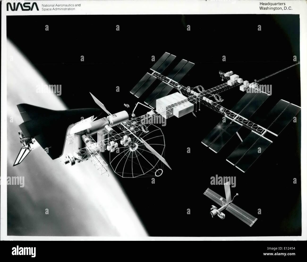 08 août, 1984 - station spatiale: Le ''power tower'' concept de référence de la station spatiale en orbite autour de la Terre dans ce concept de l'artiste. Cette configuration, présenté à la réunion d'information de l'industrie au Centre spatial Johnson de la NASA, est utilisé le concept de référence pour la conception préliminaire de la Phase B et la définition des contrats. Environ 400 pieds de longueur, la Station spatiale a wing-comme des panneaux solaires et des tableaux top pour convertir la lumière du soleil d'environ 75 kilowatts d'énergie électrique et de petits panneaux de radiateur à chaleur dissapate Photo Stock
