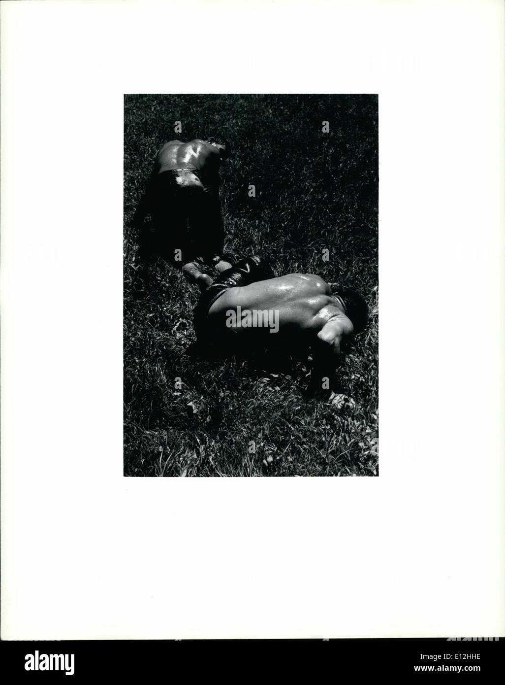 24 février 2012 - La lutte des hommes Photo Stock