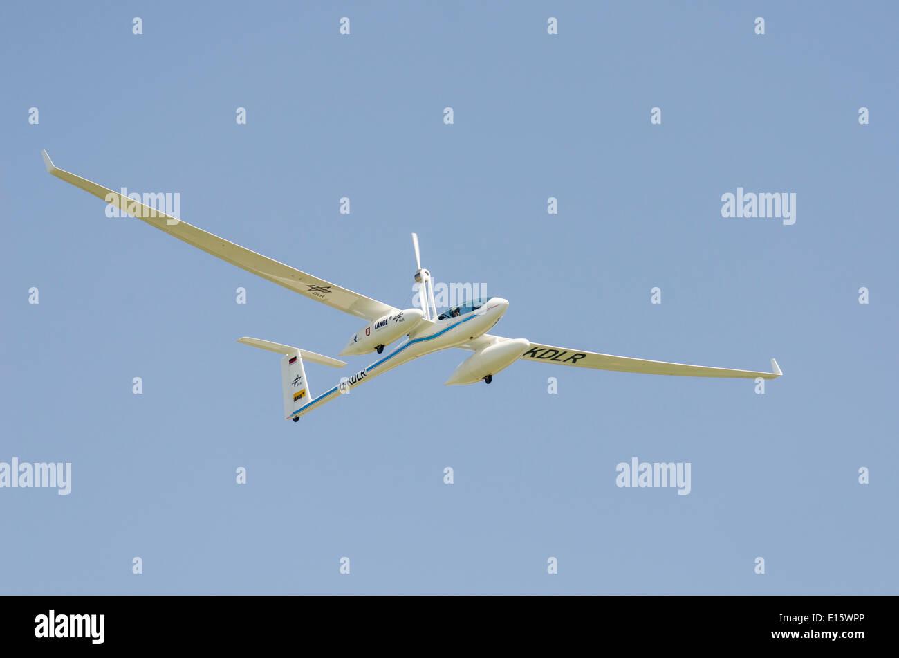 Antares DLR-H2 avion à pile à combustible en vol. Premier avion fonctionnant sur l'alimentation de Photo Stock