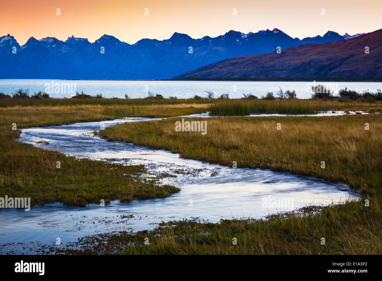 Petit ruisseau au Lago Viedma, en Patagonie, Argentine Photo Stock