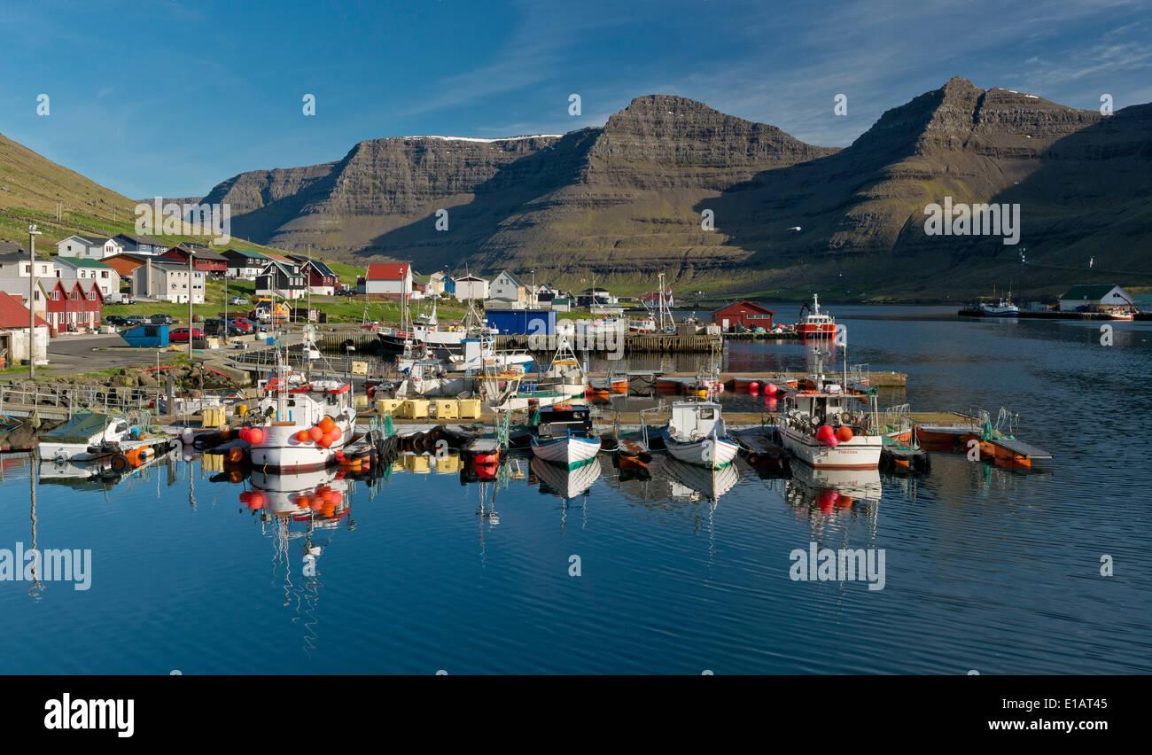 Port de Hvannasund, Viðoy, îles Féroé, Danemark Photo Stock