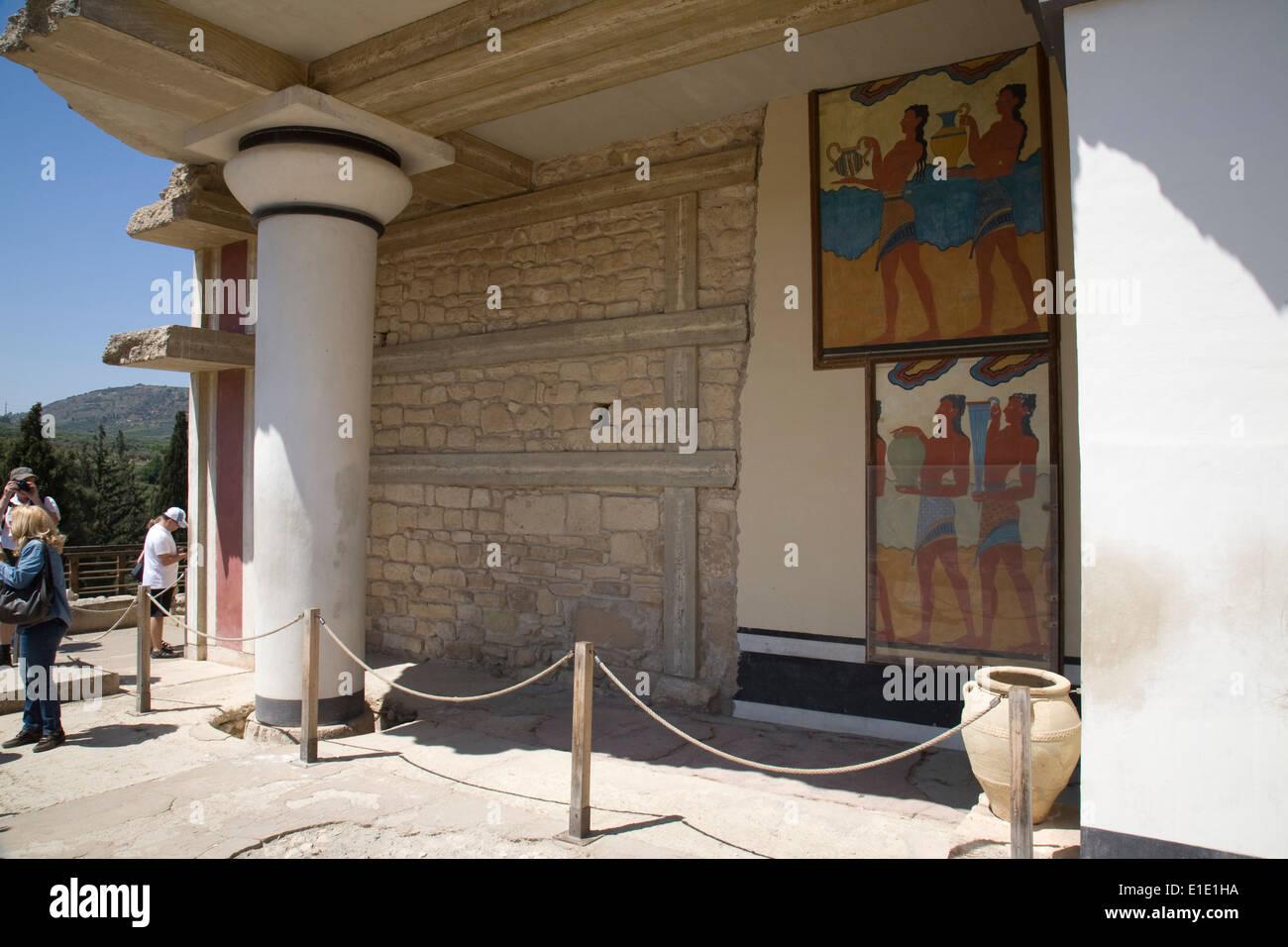 L'entrée sud du bâtiment pour le Palais Minoen de Knossos, Crète. Banque D'Images