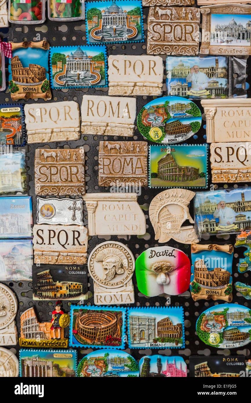 Rome, Italie. Aimant frigo de souvenirs. Photo Stock