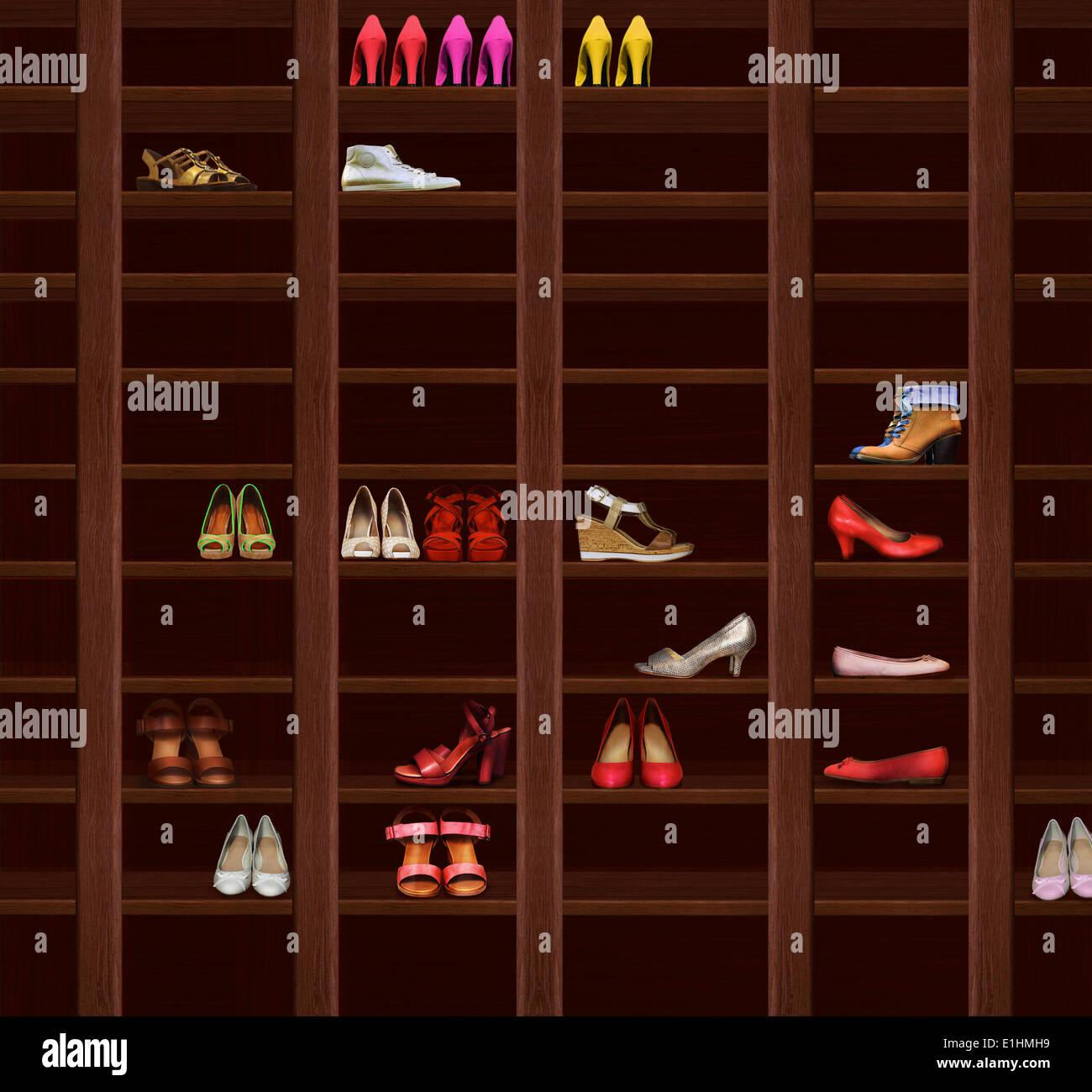 Armoire. Étagères en bois brun avec les chaussures de femmes. Fashion Photo Stock