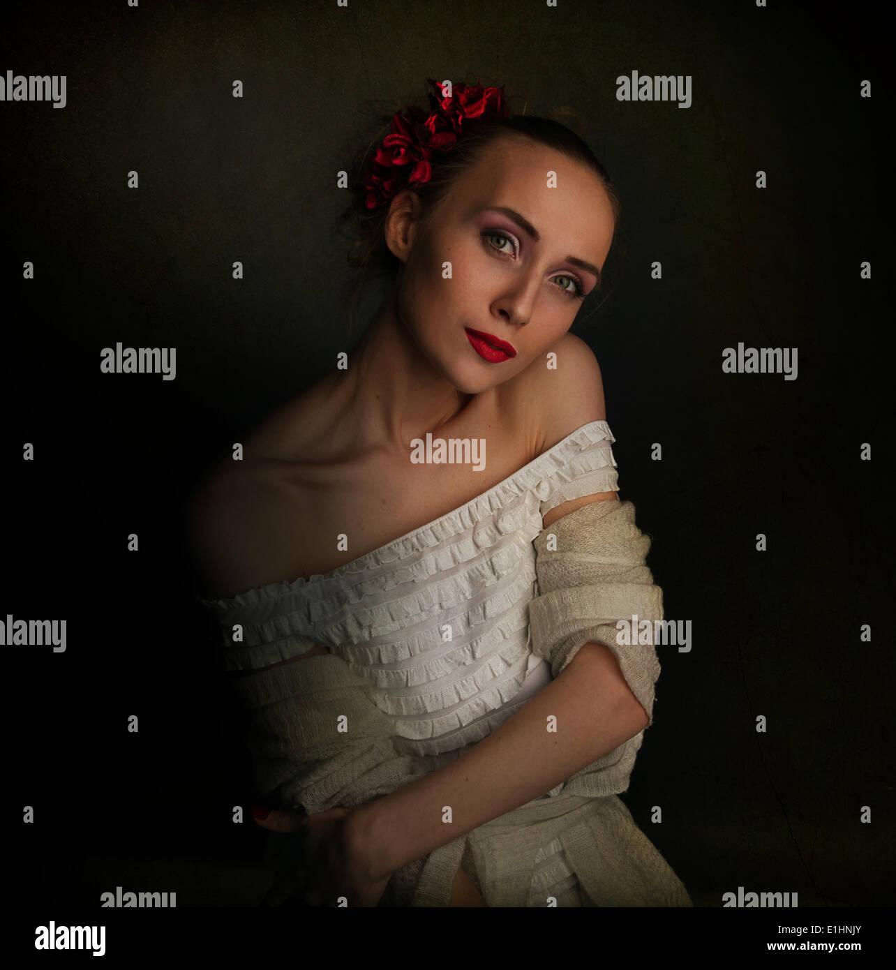 Retro Vintage style - jeune femme à l'époque médiévale vêtements Photo Stock